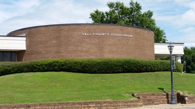 Yell County - snort