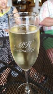 demi-sec sparkling almond wine - YUM!